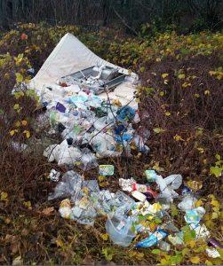 Die Müllablagerung, an der die Leiche gefunden wurde.